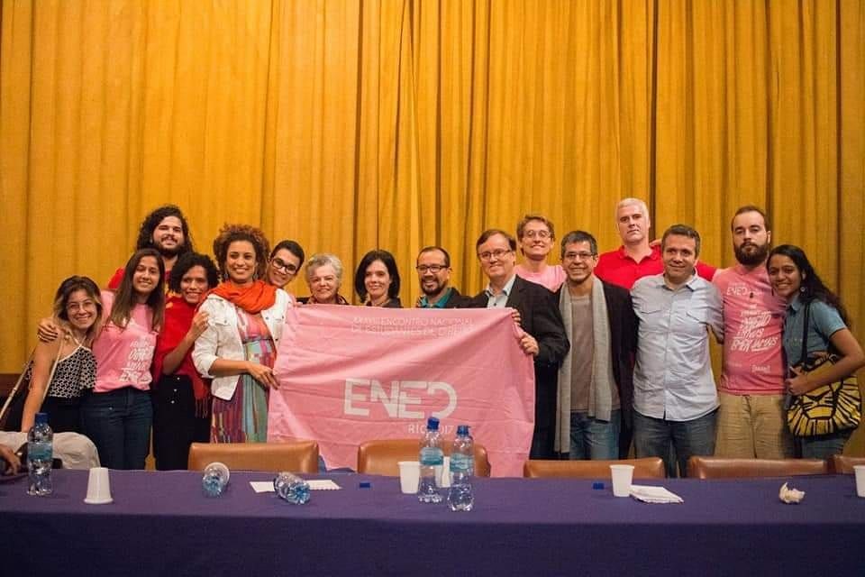 Solidariedade aos estudantes por um outro direito