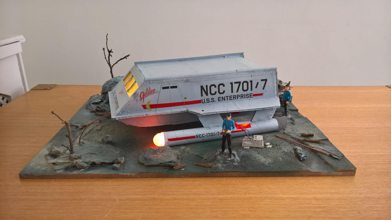 Star Trek Original Series Galileo Seven shuttlecraft diorama