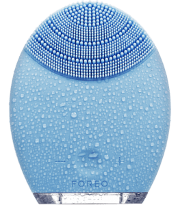 FOREO Luna review cleansing brush Clarisonic