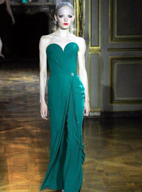 January-Jones-Emmy-Awards-2015-Red-Carpet-Fashion-Ulyana-Sergeenko-Couture-Runway