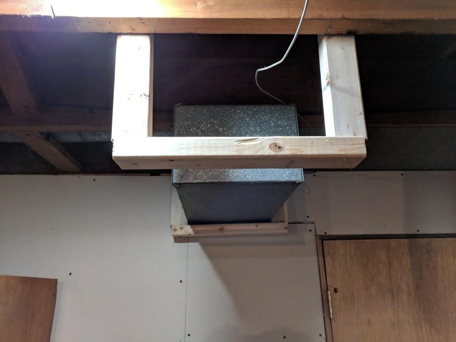 Basement cold air return casing