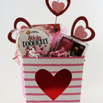 Heart Gift Basket in Pink