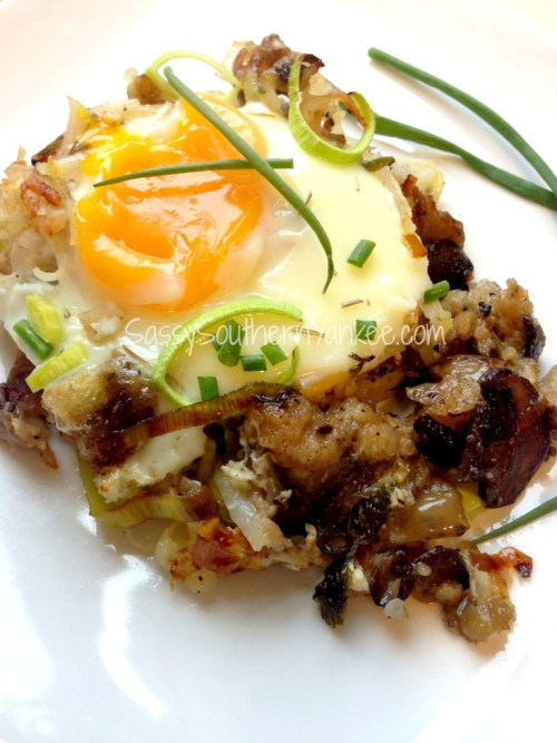 Thanksgiving Stuffing Breakfast Strata with Egg