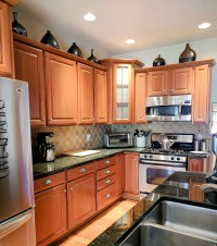 How To Beautify Your Kitchen Cabinets With New Hardware ...