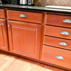 Kitchen Pulls Cabinet Decor How To Beautify Your Cabinets With New Hardware And Knobs