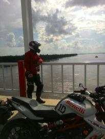 View sungai dari jembatan Pak Kasih Tayan