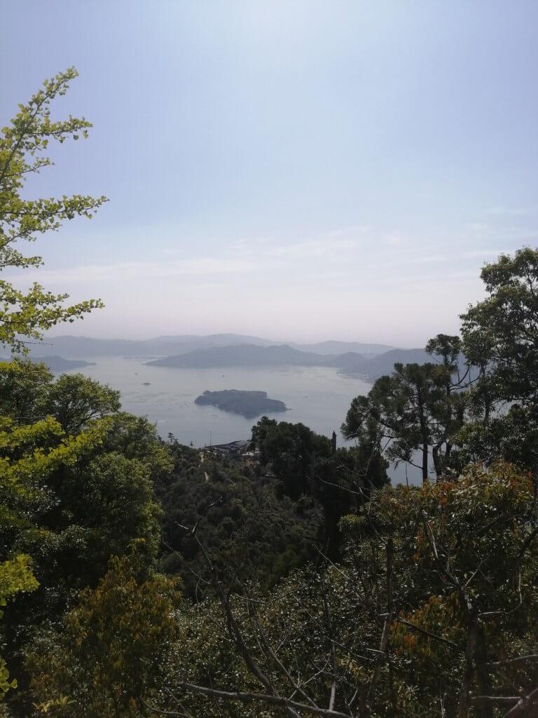 午前中に仕事をサボって宮島の弥山登山、やっぱり登山は楽しい!