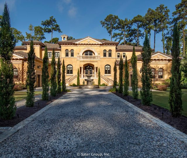 The Villa Belles Curb Appeal Is Very Clear