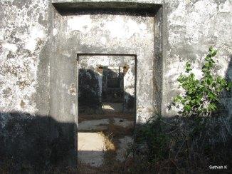 Kanakdurg Fort, Harnai - Abandoned building