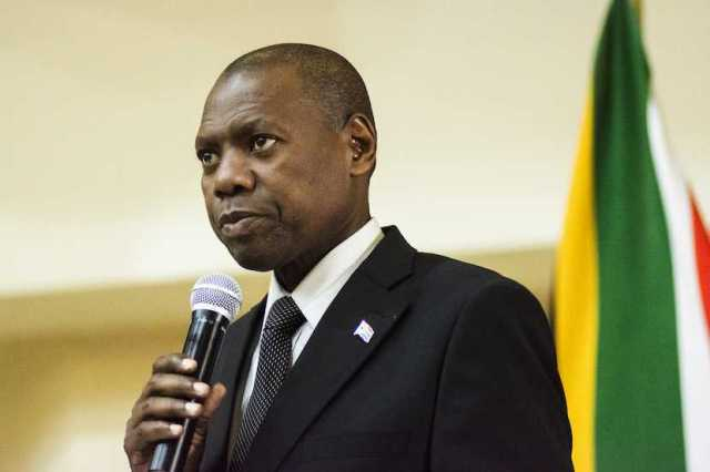 Health Minister Zweli Mkhize tests positive for Covid-19