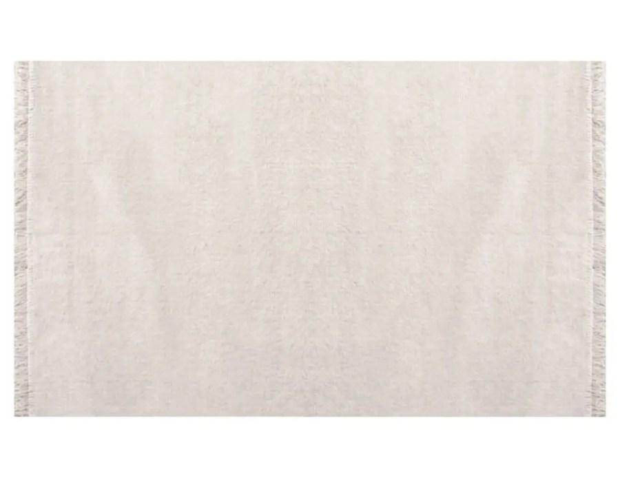 דומיניק שטיח פרווה שמנת