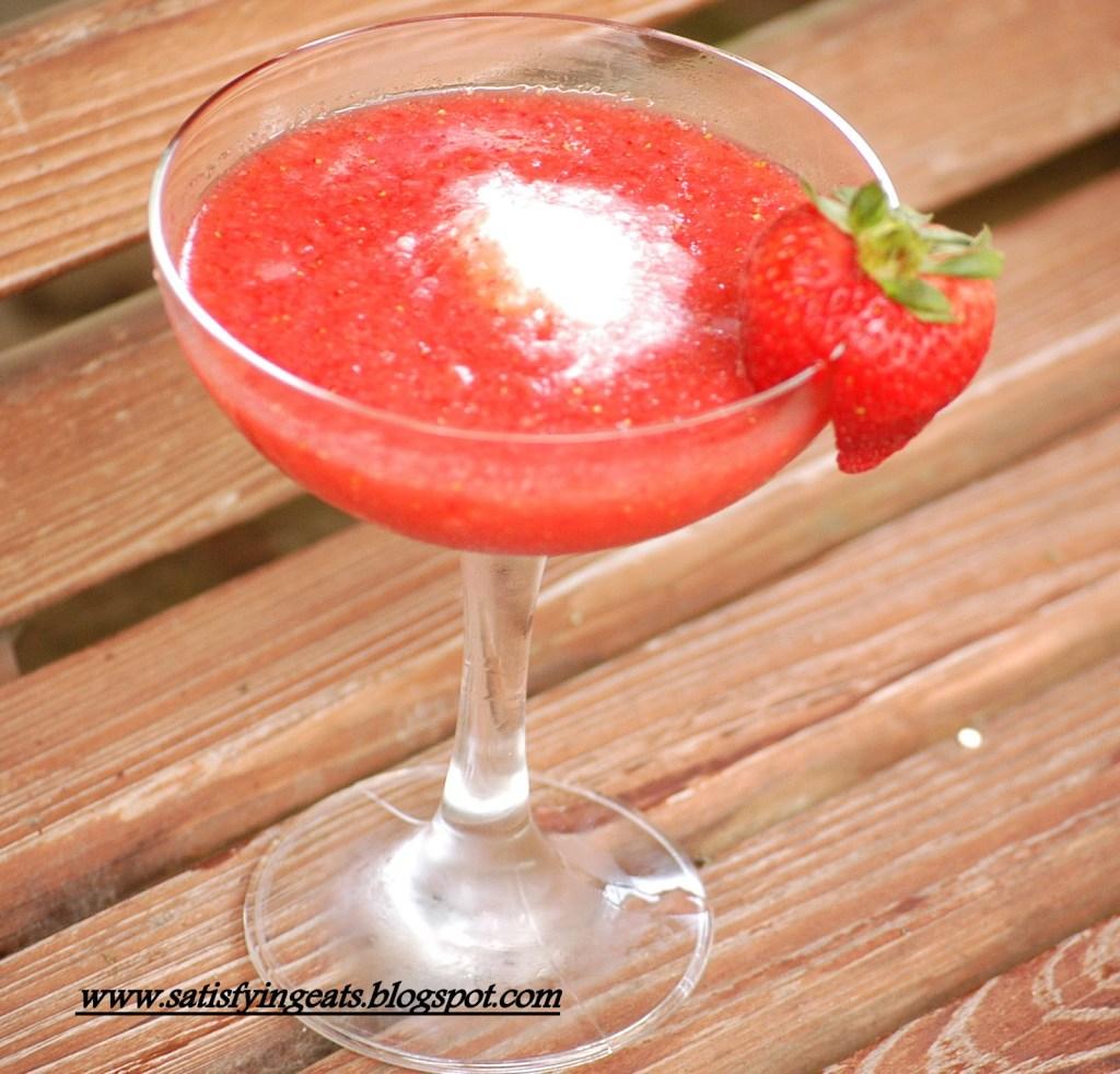 Easy Sugar-Free Strawberry Daiquiri and Exciting News…