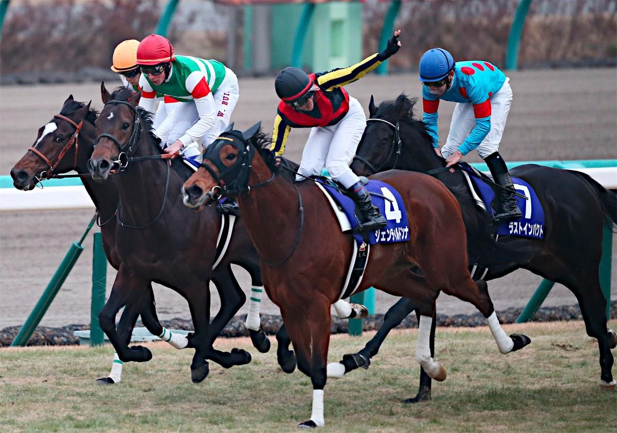日本競馬史上最強牝馬は?