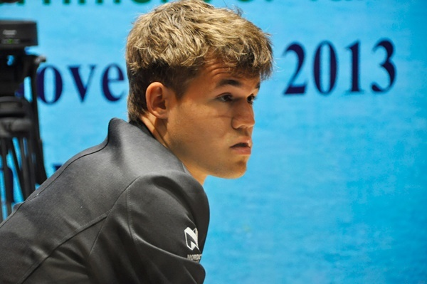 anand-carlsen-2-6