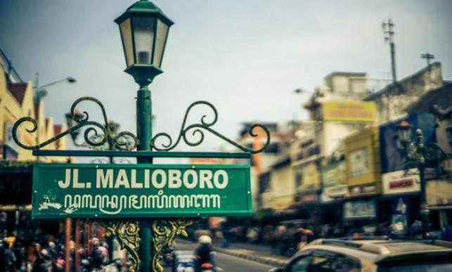 contoh laporan study tour ke jogja malioboro