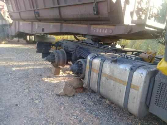 tyres stolen from transmac truck