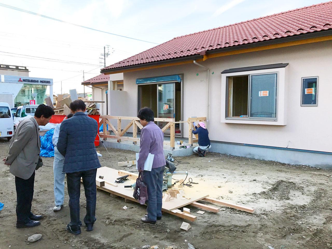 設計・デザインをした木造平屋建てバリアフリー住宅の外構打合せ