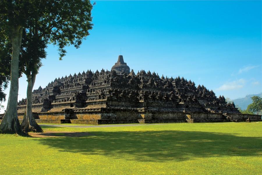 Gambar Candi Borobudur Bagian Candi Beserta Penjelasannya