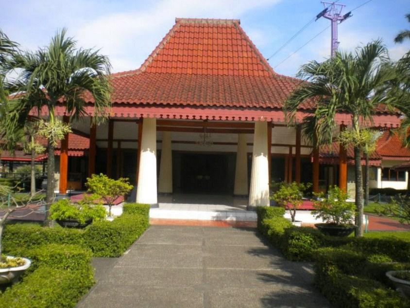 9100 Koleksi Gambar Rumah Adat Daerah Jawa Gratis Terbaik