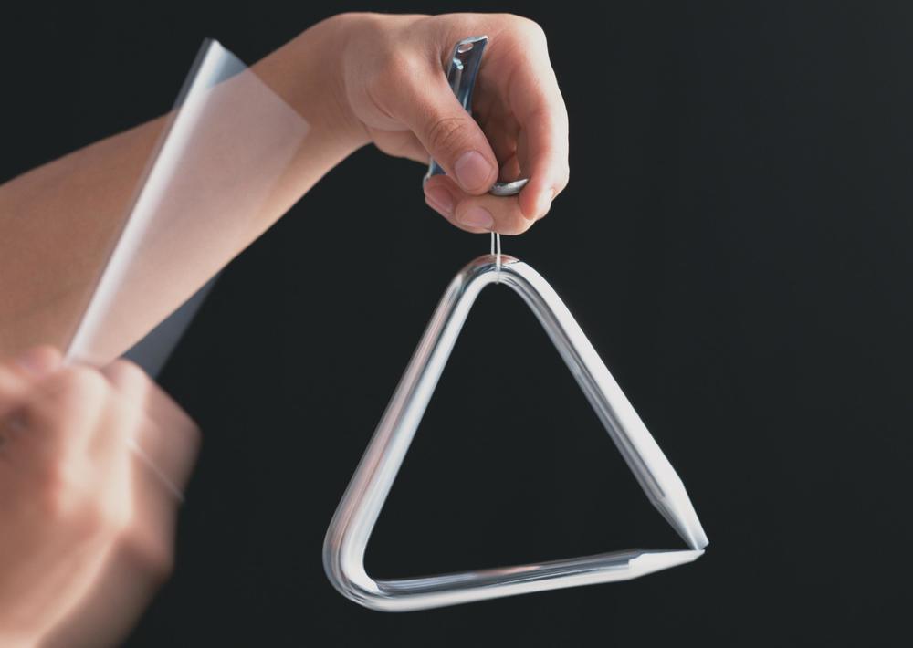 alat musik triangle