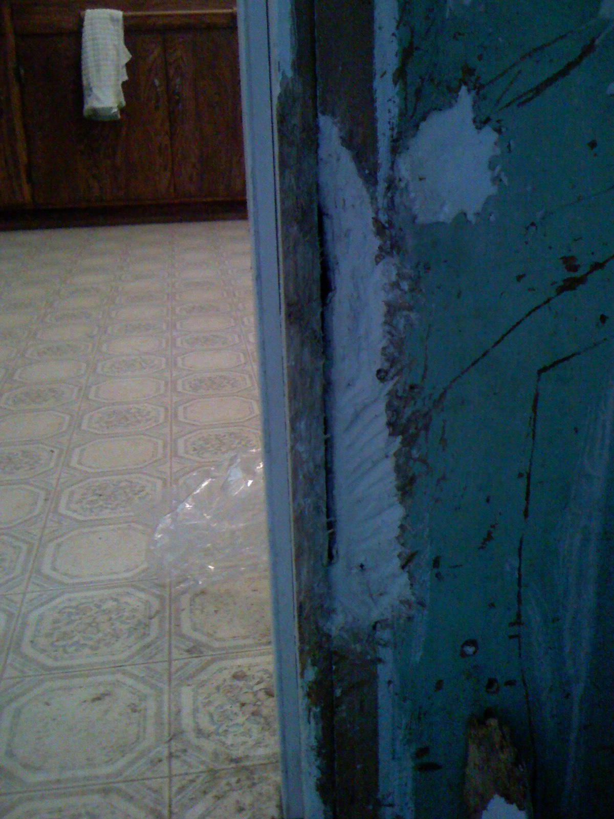 Repair Trim around doorway  Saturdays with Stu