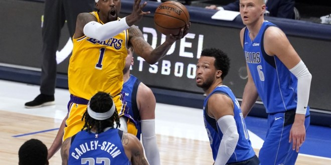 Lakers Schroder Caldwell Pope combine for 54 in Dallas loss