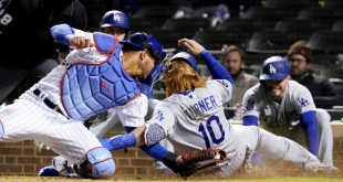 Dodgers are stung again in walkoff loss to Cubs in