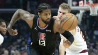Slow start dooms Clippers in loss to Cavaliers