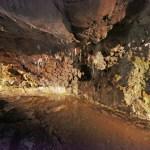 De grotten van São Vicente