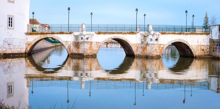 Vanaf het Dakterras: dagje Tavira   Saudades de Portugal