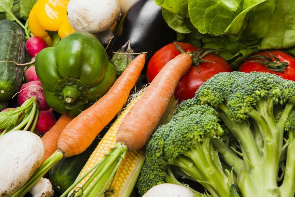 vitaminas e minerais em frutas e legumes