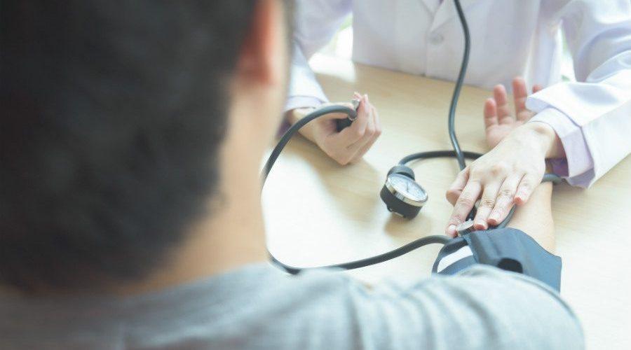 como aferir pressão arterial