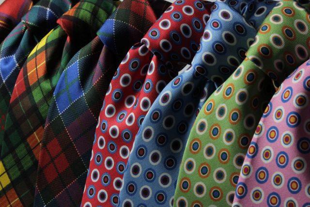 Tipos de tecido de gravata