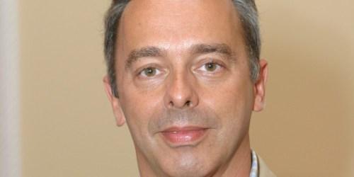 Intensivista Pais Martins pede ponderação na utilização da ventilação mecânica