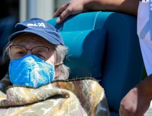 Vacina. DGS define os idosos como grupo menos prioritário, peritos criticam
