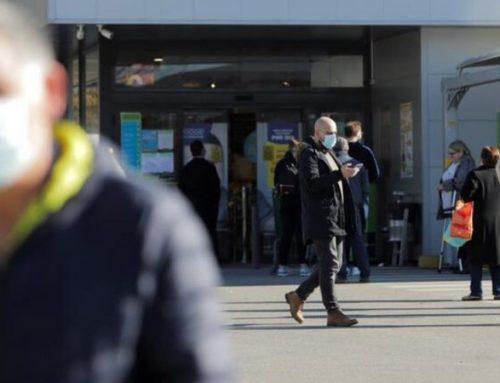 """Pandemia já está """"na quarta onda"""" em Portugal, admite especialista"""