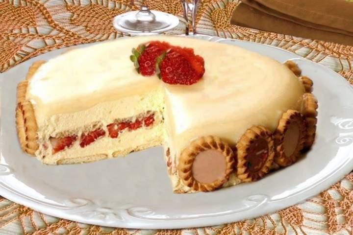 Torta Holandesa Morango com Chocolate com Morango