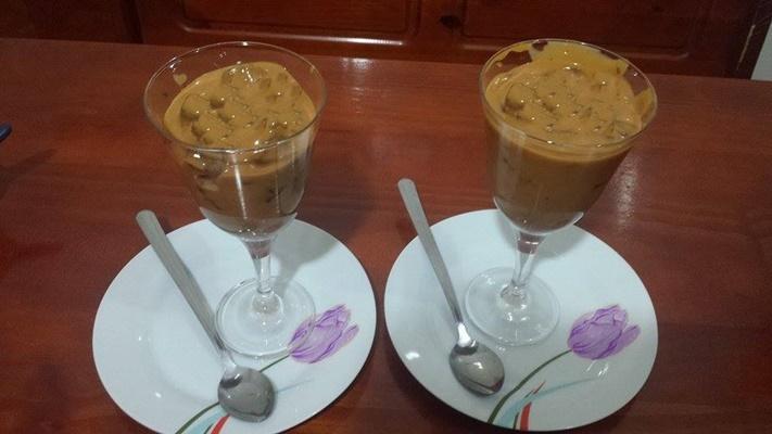 Strogonoff de chocolate com bis