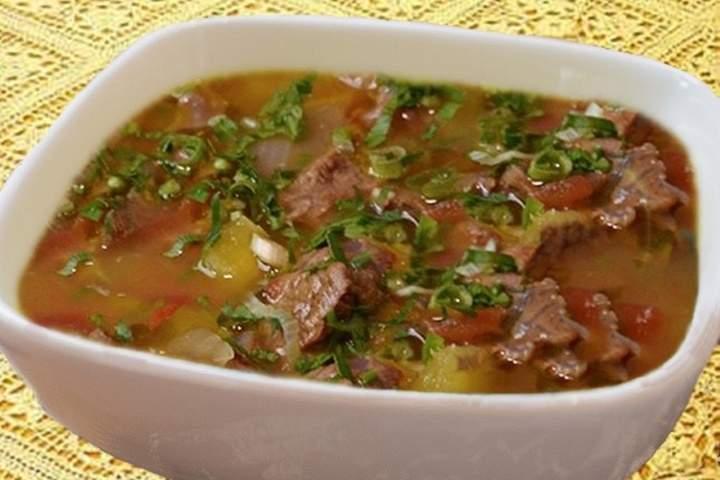 Sopa com Legumes com Carne