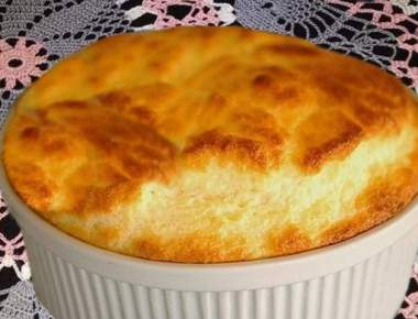 Suflê com queijo
