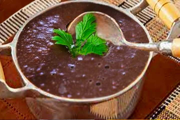 Sopa de Feijão Simples