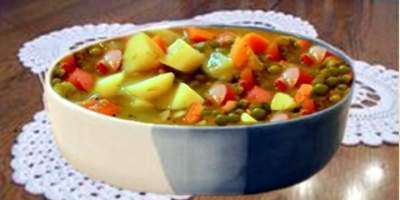 Sopa de Legumes com Salsicha