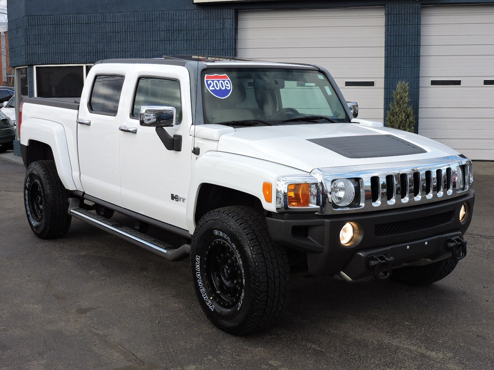 Used 2009 HUMMER H3 H3T Luxury at Saugus Auto Mall