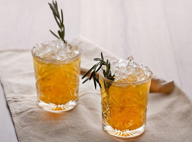 Cranberry-Pfirsich Cocktail