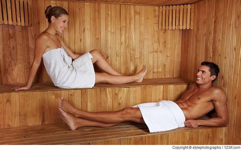 Das erste Date in der Sauna