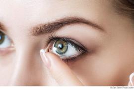 Darf man in der Sauna Kontaktlinsen tragen?