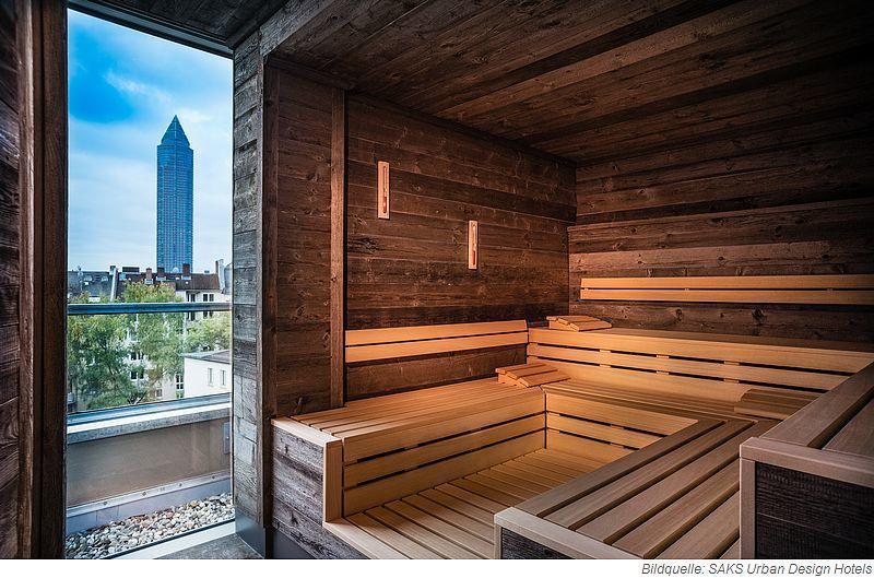 Panorama-Sauna im Rooftop-Spa des SAKS