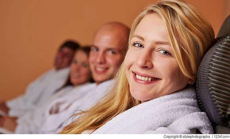 Bei Stress am Arbeitsplatz ist Erholung in der Sauna eine gute Idee