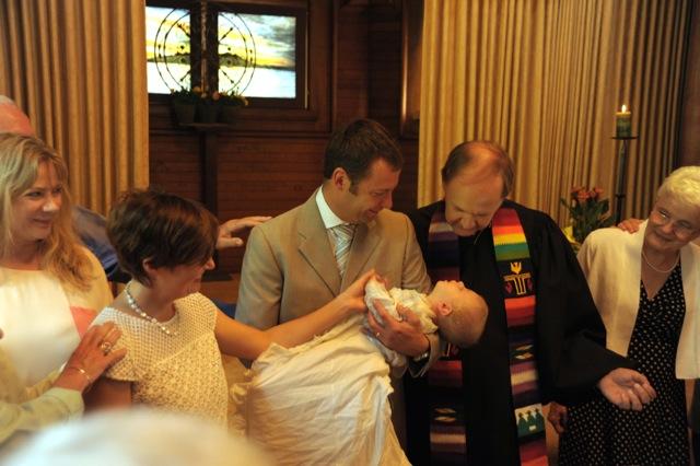 35 Baptism 10 Peek058