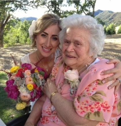 Martha Thomson w granddaughter Kate